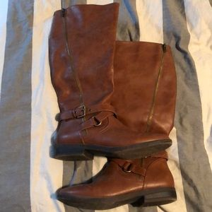 Size 8 rampage Illusive tall riding boot